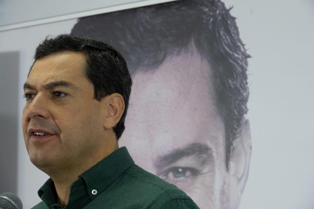 Moreno incrementará los recursos para luchar contra la violencia de género frente a un gobierno socialista «rácano»