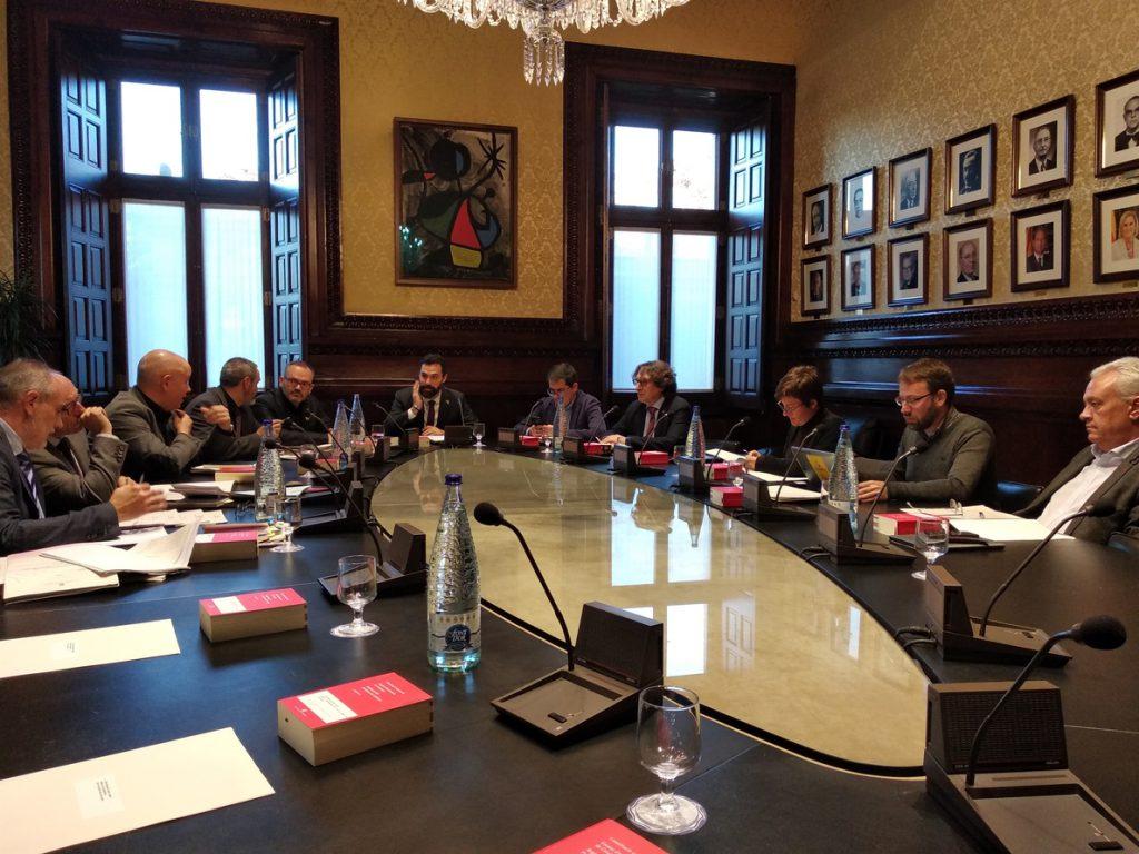 La Mesa del Parlament catalán tramita la creación de la comisión de investigación sobre la Casa Real