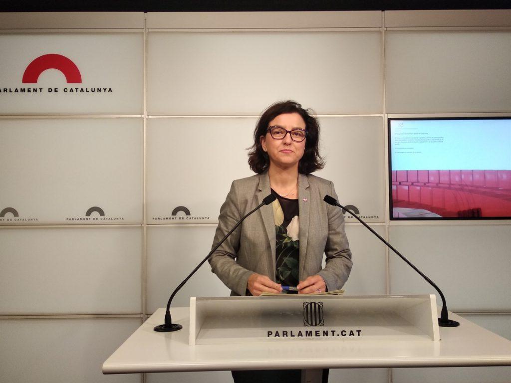 El PSC acusa a JxCat y ERC de gastar dinero del Parlament en un viaje «de partido»
