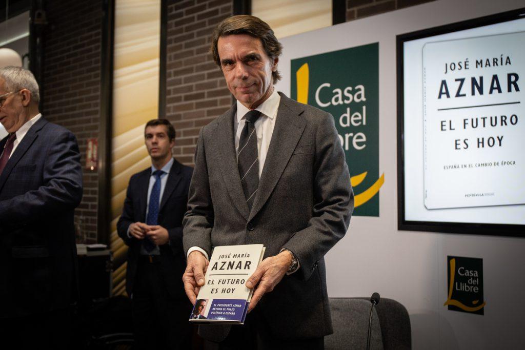 Aznar afirma que las generales marcarán si el orden constitucional «desaparece»