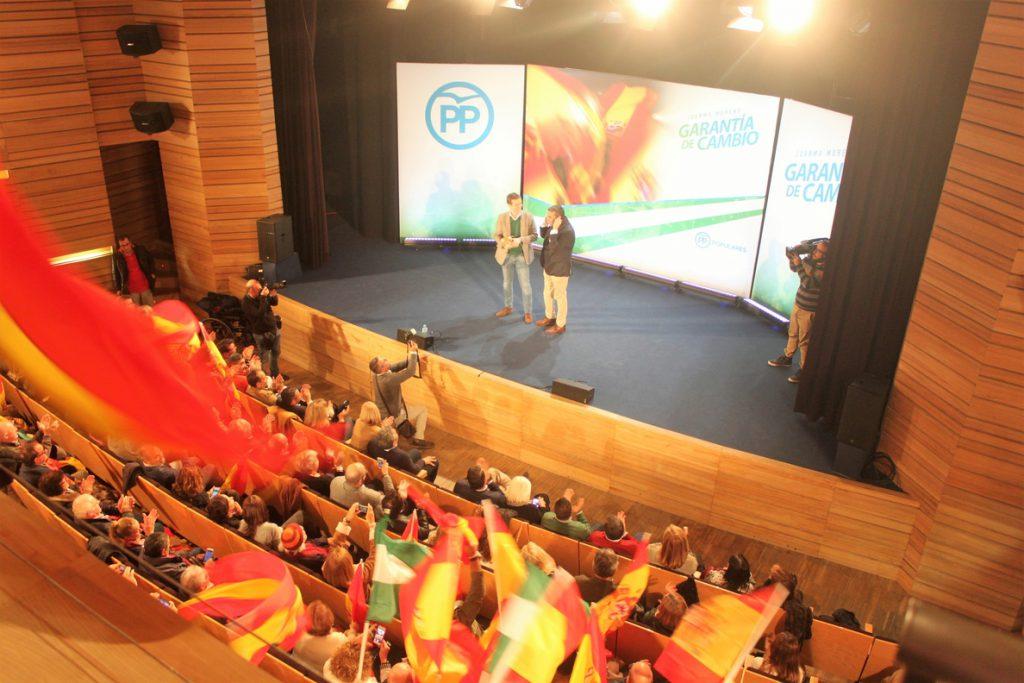Casado dice que «quien insulta a Andalucía es quien roba a los andaluces y deja quebrado su futuro y prestigio»