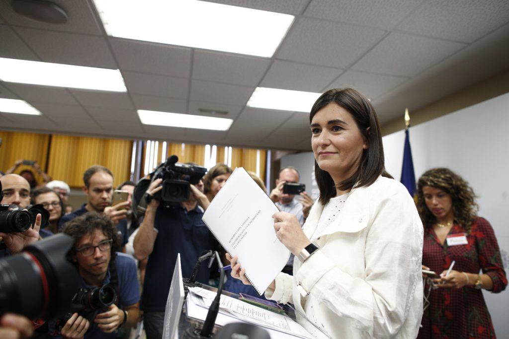 Cs defiende que Montón saliera del Gobierno y sugiere que puede volver a la política tras el archivo de su causa
