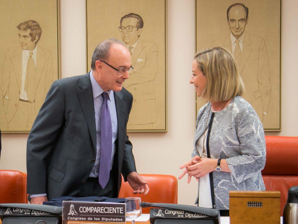Economía-(AMP) El Congreso aprueba mañana un informe de la crisis que censura al Banco de España por no cumplir su labor