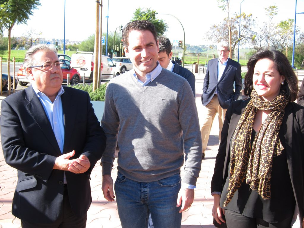García Egea afirma que el PP no dará «ni agua» al PSOE frente a posibles pactos puntuales del «flotador naranja»
