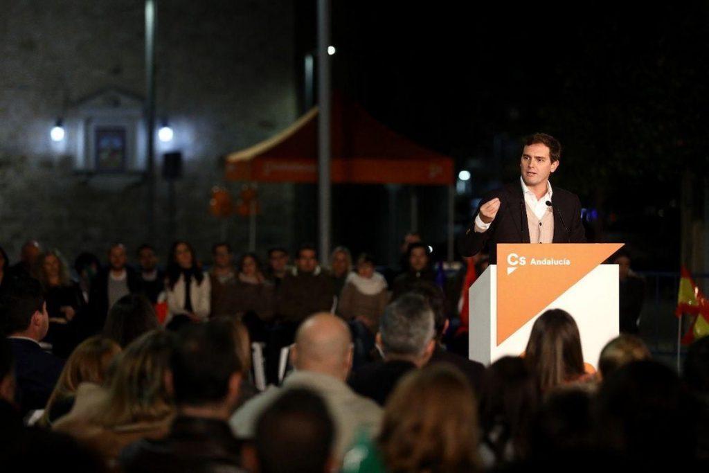 Rivera pide dar «un buen revés» al PSOE en las urnas: «Es también un 'stop' a Pedro Sánchez»