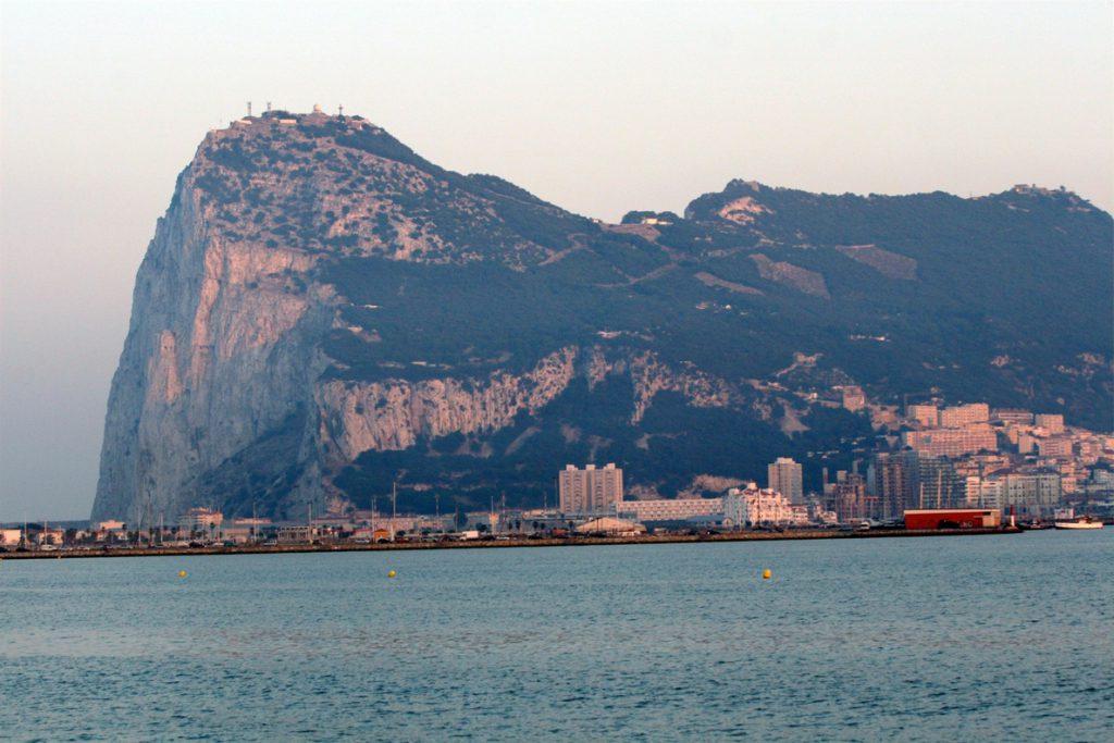 España y Reino Unido firman los memorandos de entendimiento sobre Gibraltar
