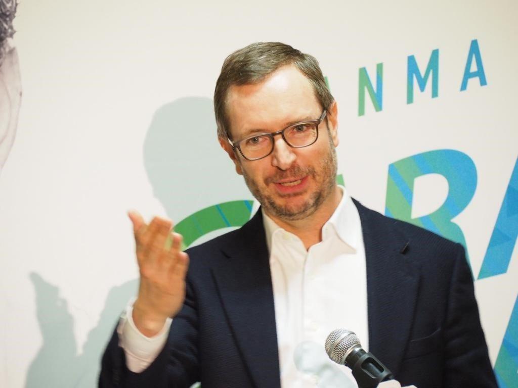 Javier Maroto (PP): «Un voto a VOX, cuatro años más de Susana Díaz»