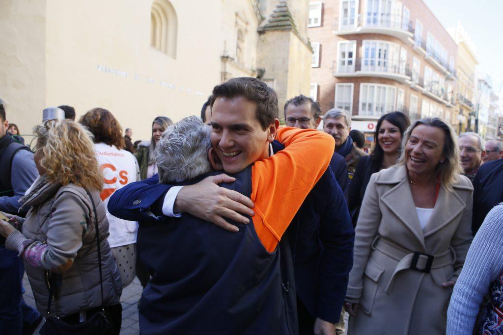 Rivera, ante la hipótesis de pactar con VOX, subraya que Cs pedirá apoyo a PP y PSOE para gobernar