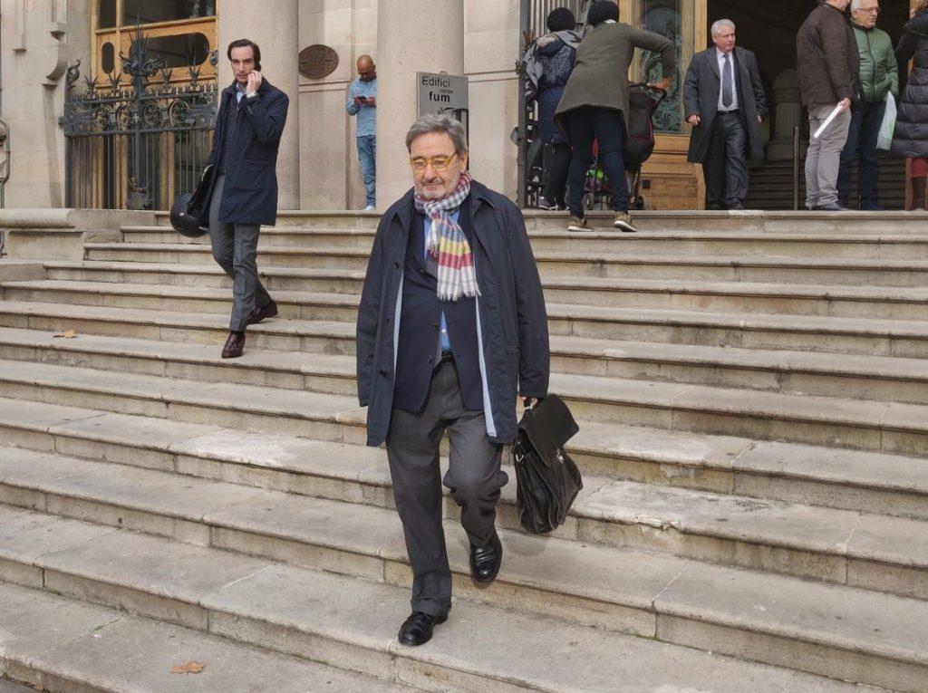 Visto para sentencia el juicio en Barcelona por la subida de sueldos de los directivos Caixa Catalunya