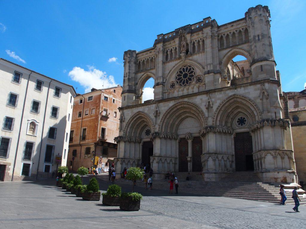 Rajoy, Soraya Sáenz de Santamaría e Íñigo Méndez de Vigo visitan Cuenca en un viaje de carácter personal