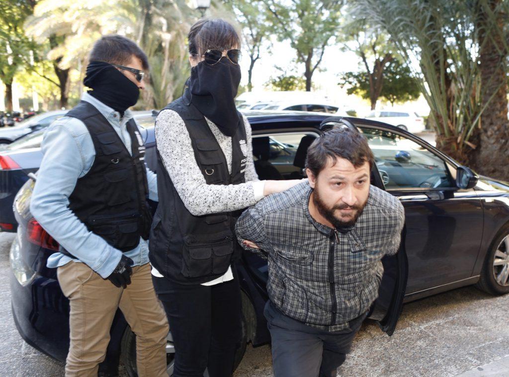 El jurado considera culpable de homicidio al acusado de matar y quemar a una mujer en Sevilla