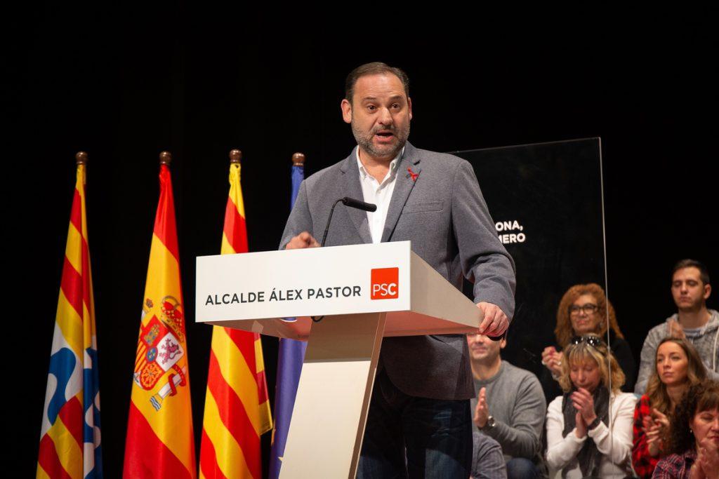 Ábalos dice que el Gobierno quiere «compensar a Cataluña» por el déficit inversor