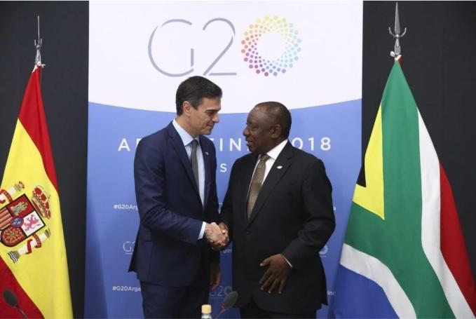 Pedro Sánchez se reúne con el primer ministro de Sudáfrica en la cumbre del G20
