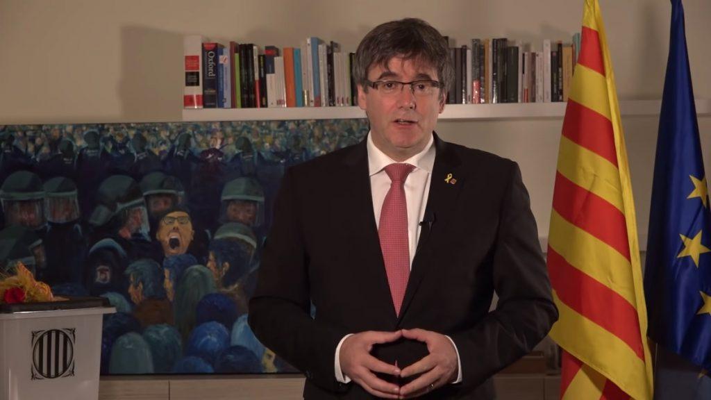 Puigdemont: la foto de los presos independentistas «pone al Estado frente al espejo»