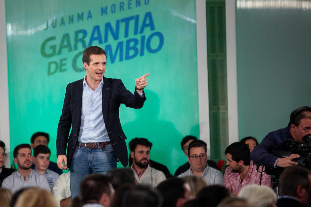 Casado anuncia negociaciones para gobernar Andalucía y ve ratificado su proyecto frente al «fracaso» de Sánchez
