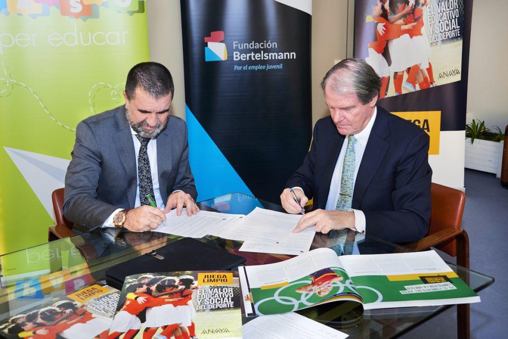 La Fundación Bertelsmann y el Grupo Anaya unen fuerzas para impulsar materiales de orientación en centros educativos