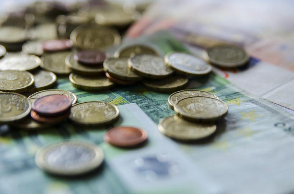 El Tesoro espera captar esta semana hasta 8.000 millones de euros en la fase final del año