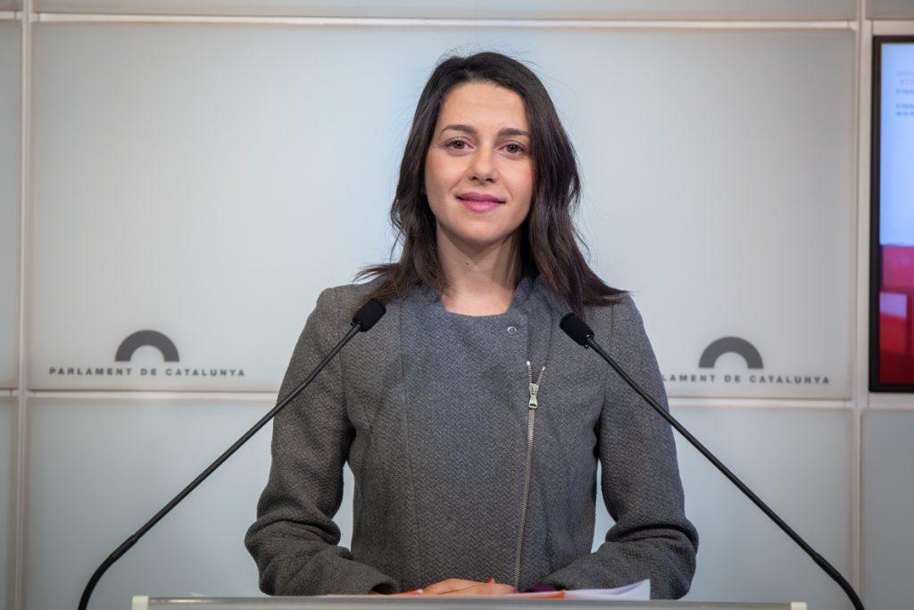 Arrimadas asegura que Cs irá a la investidura en Andalucía y pide la abstención del PSOE