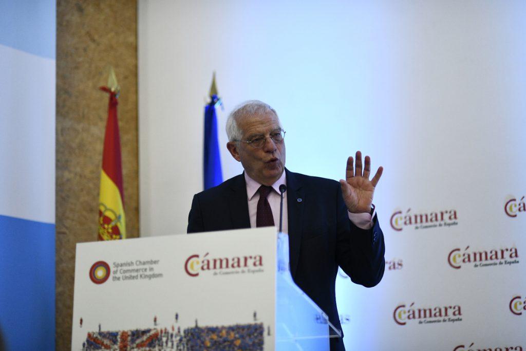 Borrell replica al PDeCat que «no hay margen ni voluntad para caminos fuera del marco Constitucional»