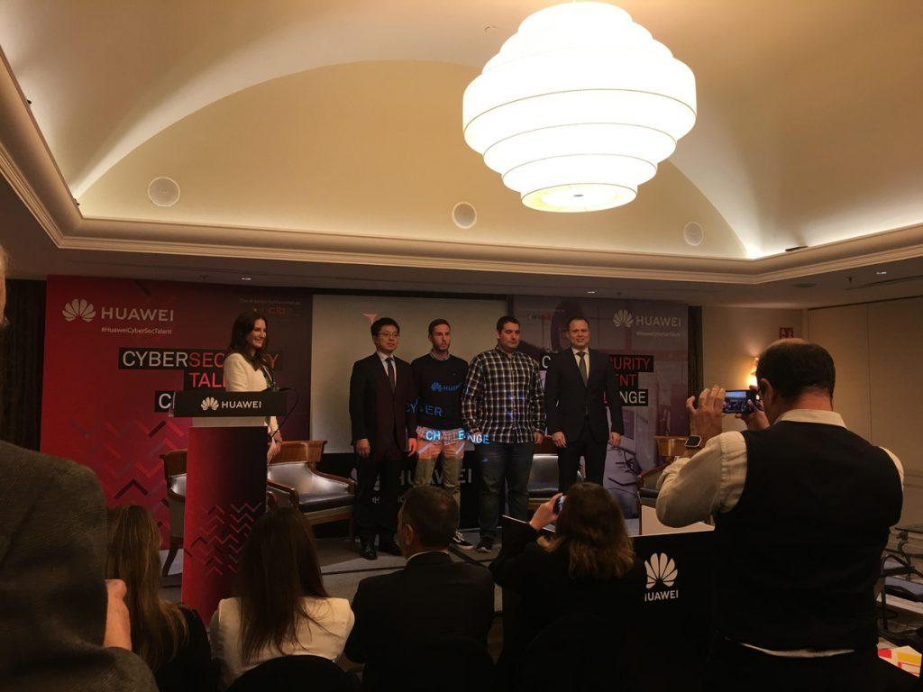 Huawei e INCIBE premian el talento joven en ciberseguridad y reclaman una programación segura