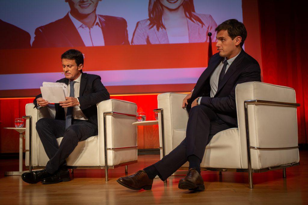 Manuel Valls defiende ante Rivera que no haya «compromisos con ningún partido populista»