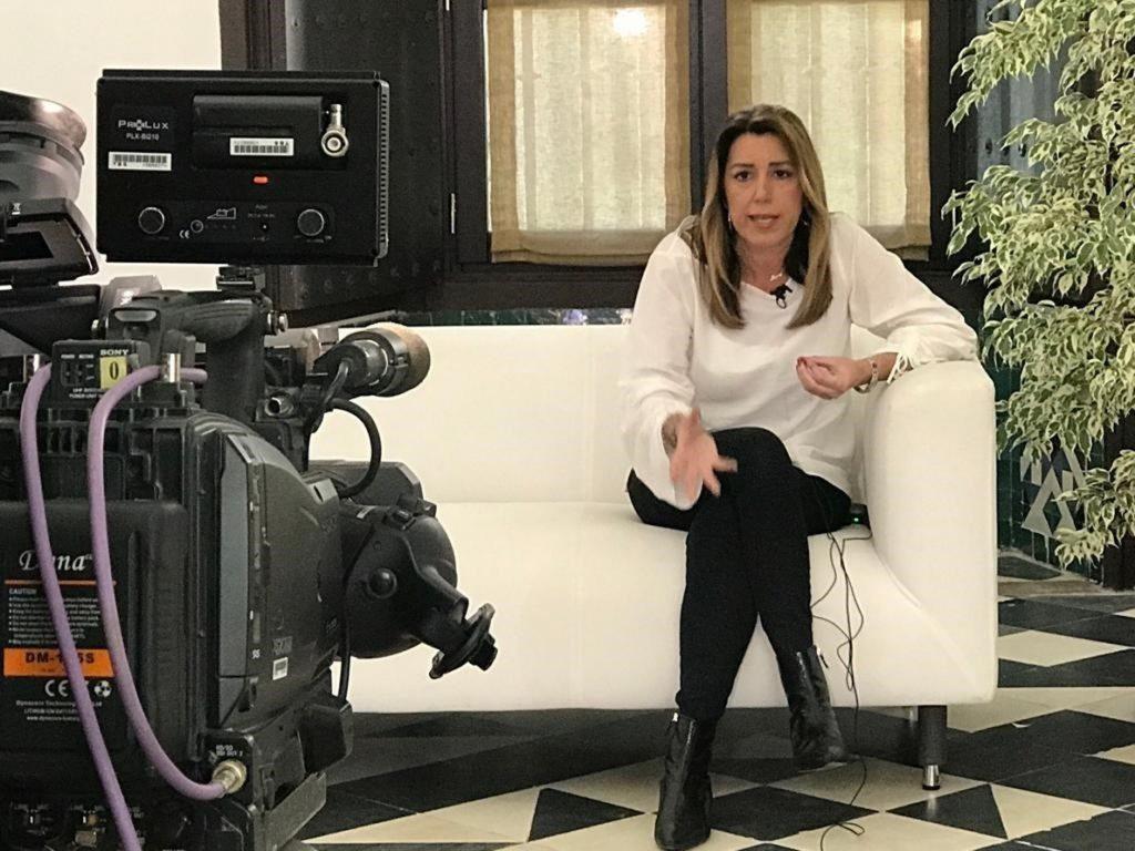 Susana Díaz pide a Rivera aclarar si el cambio que quiere es con Vox porque su apoyo es «inevitablemente necesario»