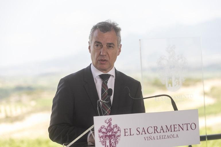 Urkullu se «empeñará» en evitar «un efecto contagio» en Euskadi de la «incertidumbre» y la «crispación política»