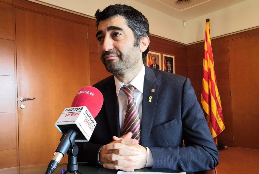 La Generalitat facilitará que sus empleados públicos puedan trabajar el 6 de diciembre y el 12 de octubre de 2019