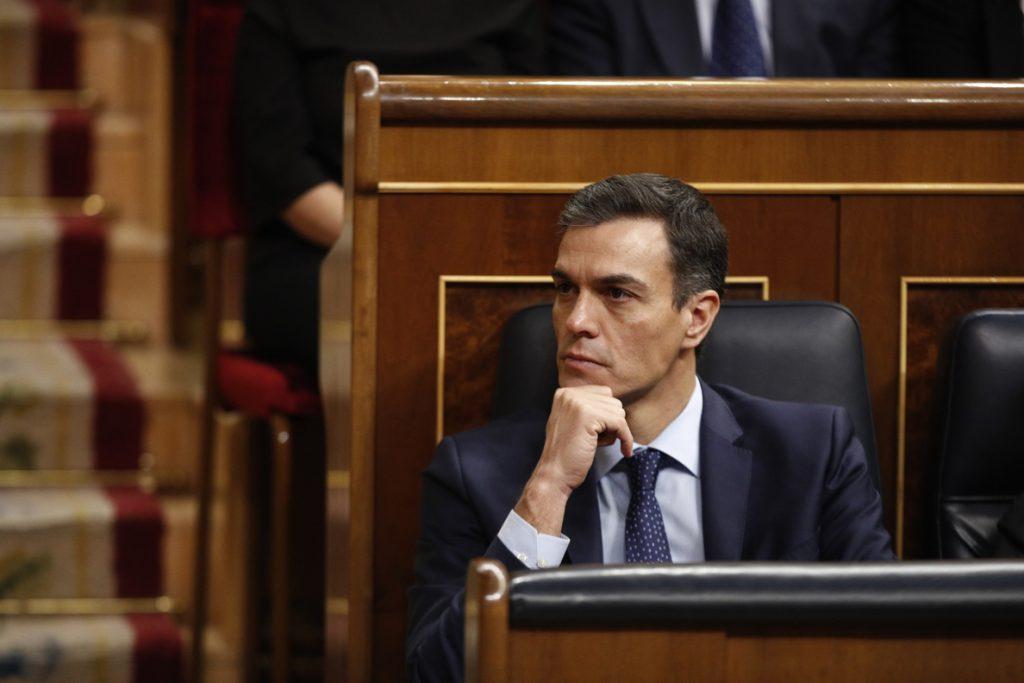 Sánchez asegura que reformar la Constitución es «reforzarla»