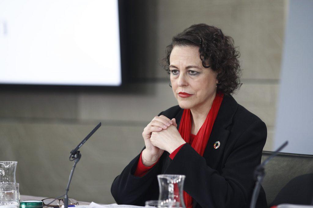 (AMP) El Gobierno aprueba un plan de 2.000 millones para recortar 10 puntos la tasa de paro juvenil