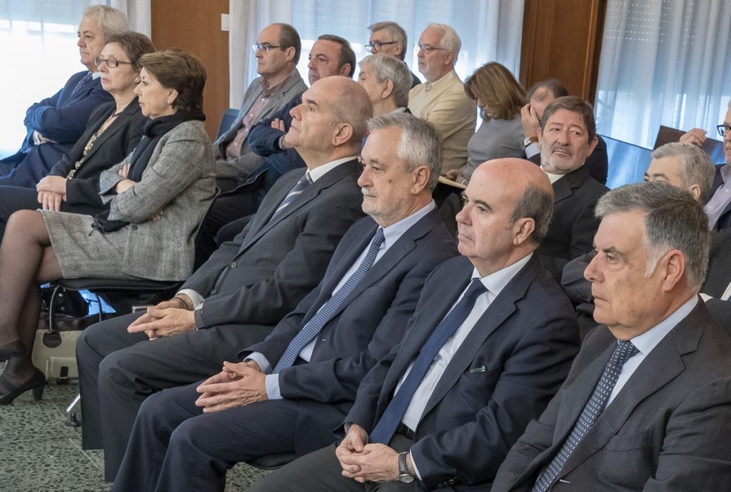 El juicio de los ERE, un año después, encara su última semana con los informes de Griñán, Zarrías y Viera