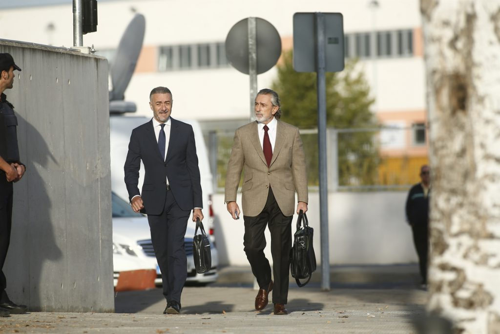 El líder de la Gürtel se enfrenta a partir de mañana a otros 10 años de cárcel: Comienza el juicio por los amaños a AENA