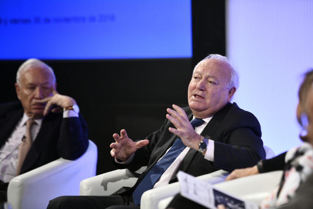 Moratinos quiere llevar la Alianza de Civilizaciones a los barrios: La ultraderecha crece «por falta de entendimiento»