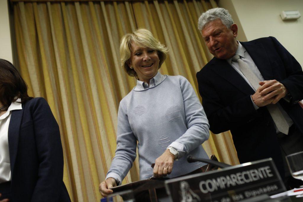 Esperanza Aguirre saluda una «alternativa» a los partidos que «quieren romper España» compuesta por PP, Cs y Vox