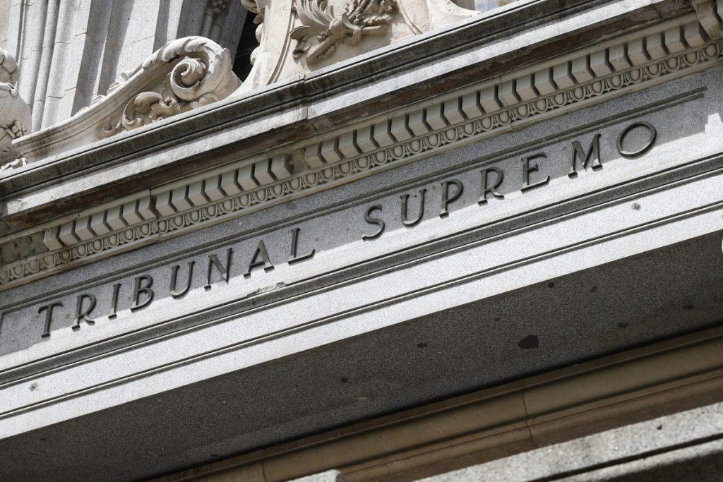 El Supremo confirma seis meses de prisión por interrumpir una misa con gritos a favor del aborto