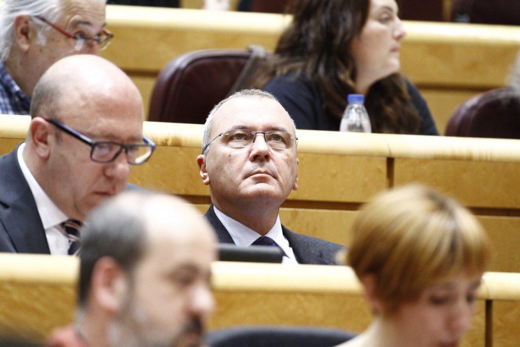 Un juzgado procesa al alcalde de Reus y cuatro ediles por delito de odio al pedir expulsar a policías tras el 1-O