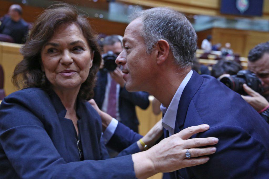 Calvo recalca que el Ejecutivo «defiende la Constitución» después de que el PP diga que sus socios quieren romper España