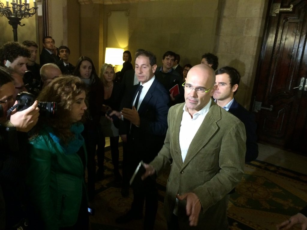 Romeva pide a Sánchez valentía para «generar un proyecto alternativo a este Estado»
