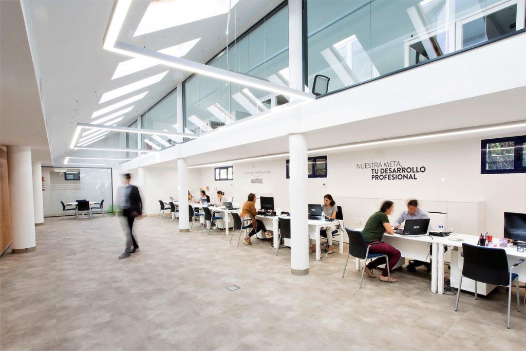 Un total de 5 centros españoles, en el top mundial de mejores escuelas de negocios 'Bloomerg Businessweek 2018'