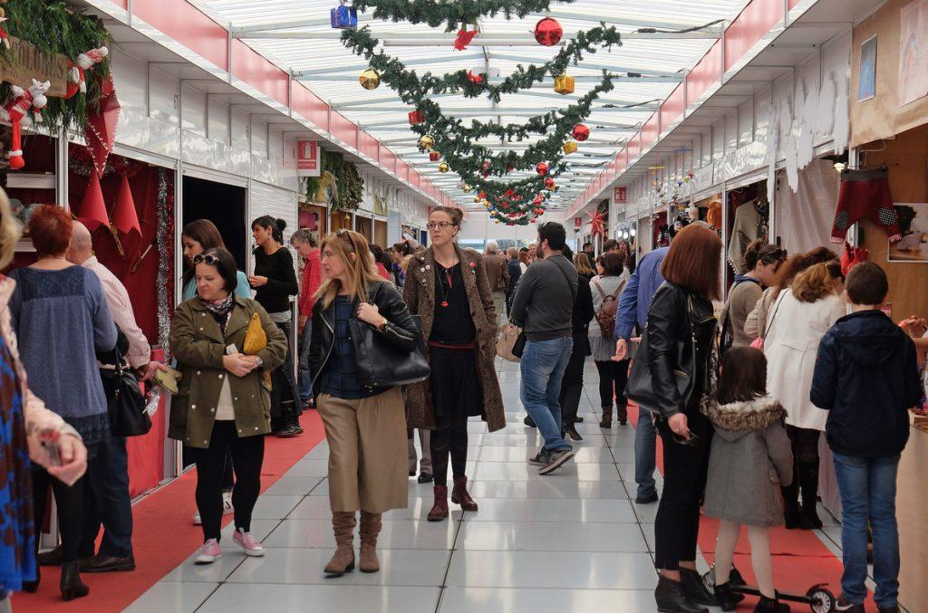 Los 'millenials' y la 'Generación X' gastarán entre 300 y 600 euros en sus compras en Navidad