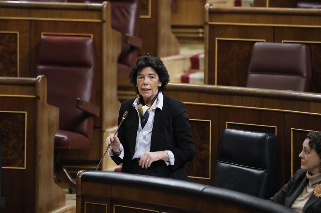 Celaá pide a Cs que desligue la inmersión lingüística del conflicto catalán: «Es una falacia que están extendiendo»