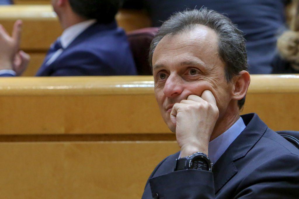 Duque recuerda que estaba en Bruselas durante la huelga universitaria en Cataluña y dice que no habla de lo que no sabe