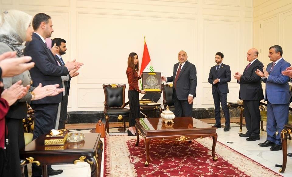Nadia Murad viaja a Irak tras recibir el Nobel de la Paz y se reúne con el presidente y el primer ministro