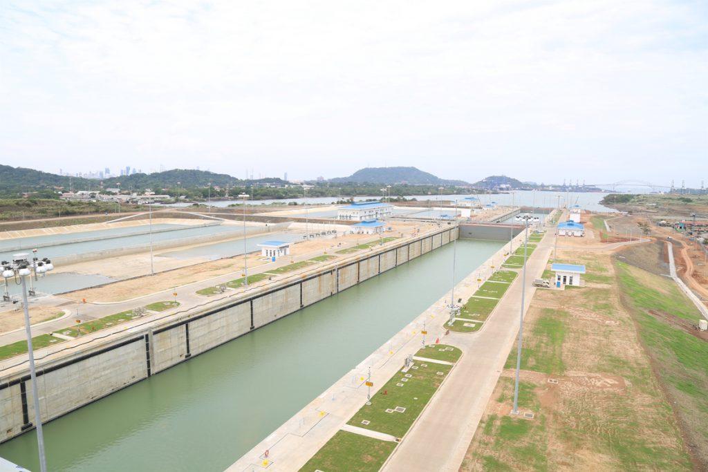 Sacyr debe pagar 225 millones a Panamá por devolución de anticipos de la obra del Canal