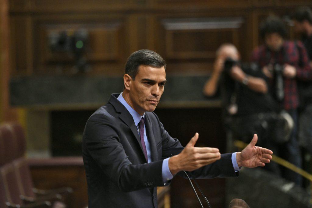 Pedro Sánchez: «Quedan muchas cosas por hacer tras siete años de destrozos del PP»