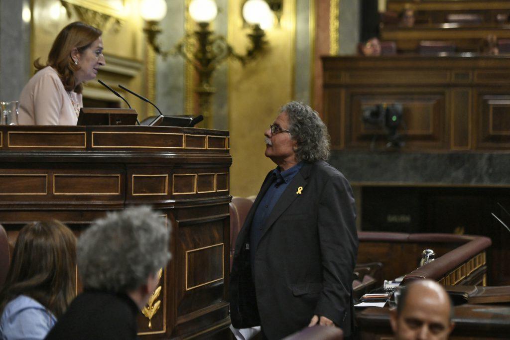 Tardà vuelve a llamar «fascista» a Rivera en el Congreso tras ser acusados de «golpistas» y Pastor retira los insultos