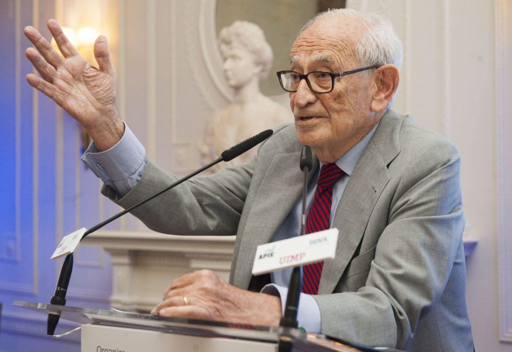 Aristóbulo de Juan critica las ampliaciones de capital, que considera que sólo tapan 'agujeros'