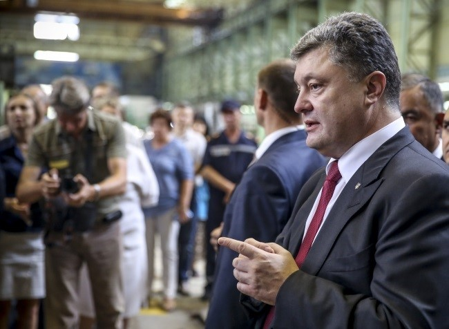 Proshenko descarta prorrogar la ley marcial a menos que haya un ataque militar ruso a gran escala