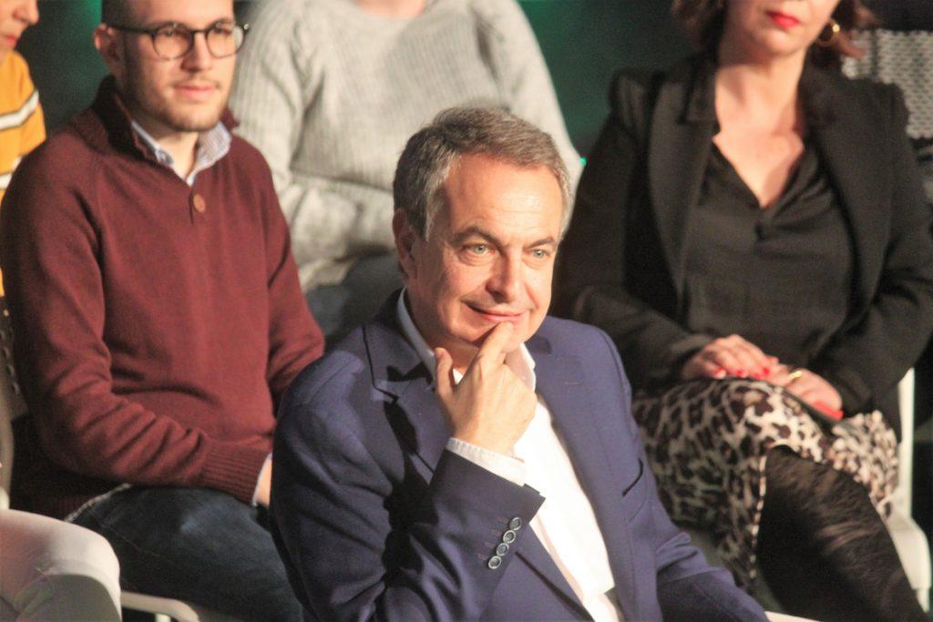 Zapatero anima a Sánchez a seguir con el diálogo con los independentistas porque «no son golpistas»