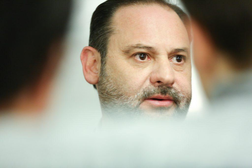 Ábalos sobre Cataluña: «Lo razonable es que los representantes de dos instituciones democráticas legales dialoguen»